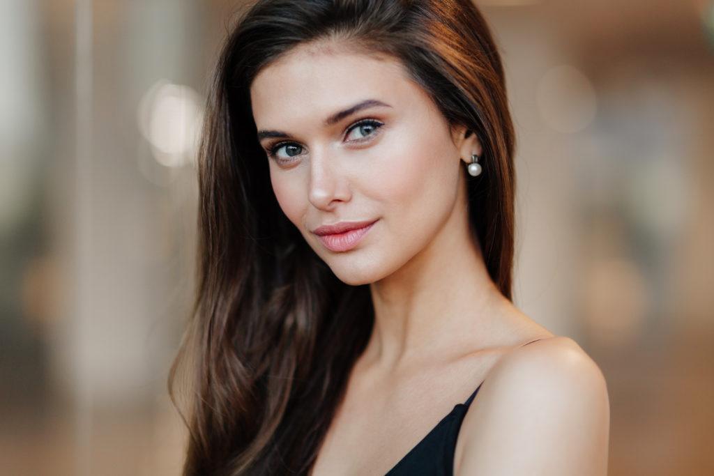 Beautiful Ukrainian Women: What Makes Them So Hot? - Expat